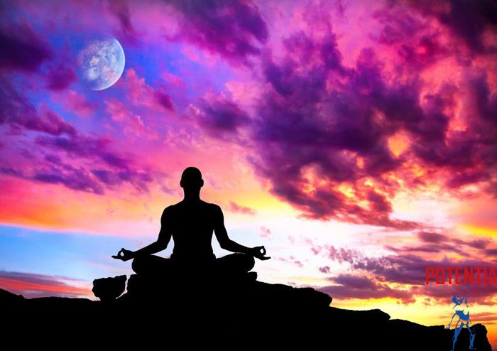 5._Kaksno_drzo_zavzamemo_med_meditacijo