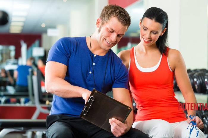 Fitnes trener ali osebni trener?